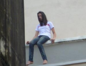 foto cewek bunuh diri di KB Mall
